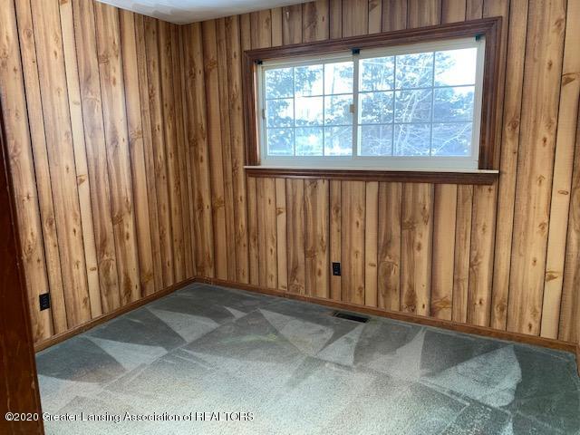 1487 S Warren Rd - Bedroom - 17