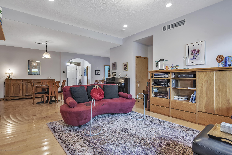 2327 Sapphire Ln - Livingroom - 5