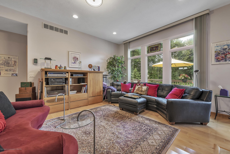 2327 Sapphire Ln - Livingroom - 7
