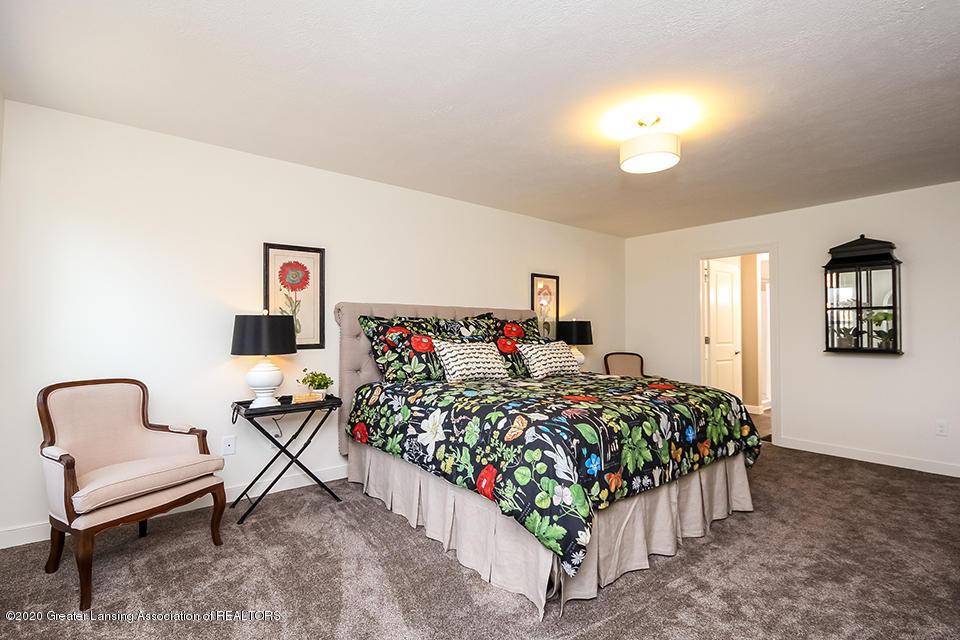 6472 Firefly Dr - Master Bedroom GDN065-E2390-1 - 12