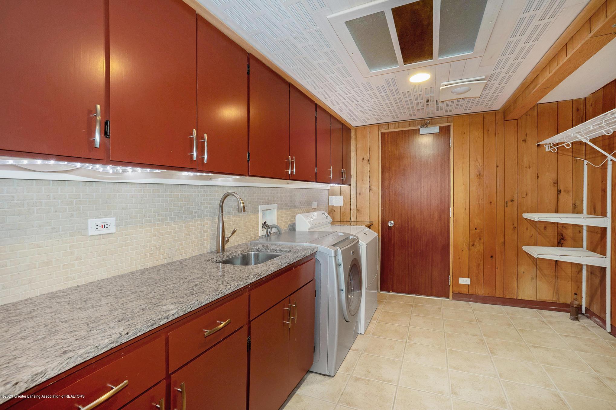4045 Van Atta Rd - Laundry Room - 51