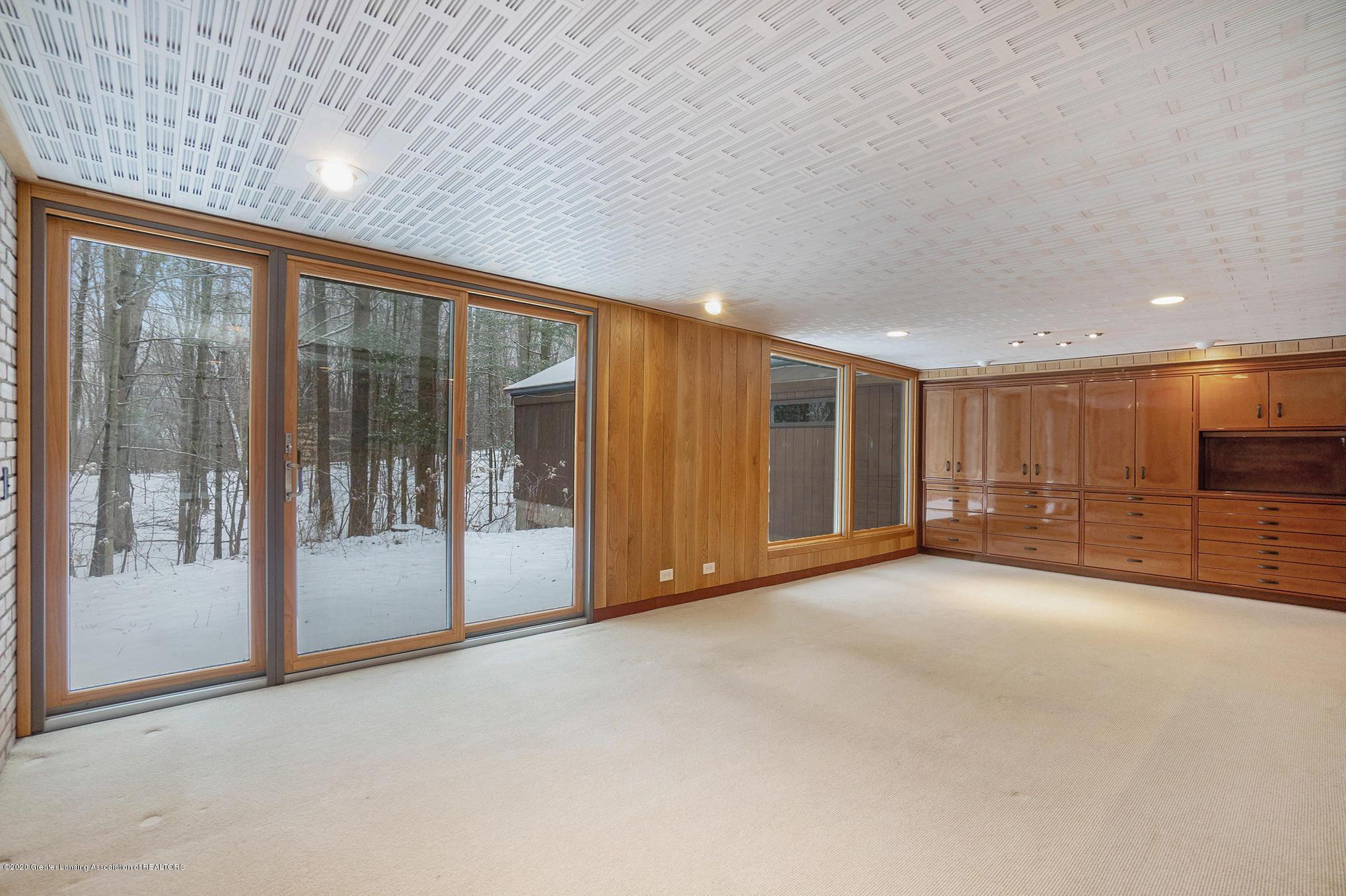 4045 Van Atta Rd - Living Area - 22