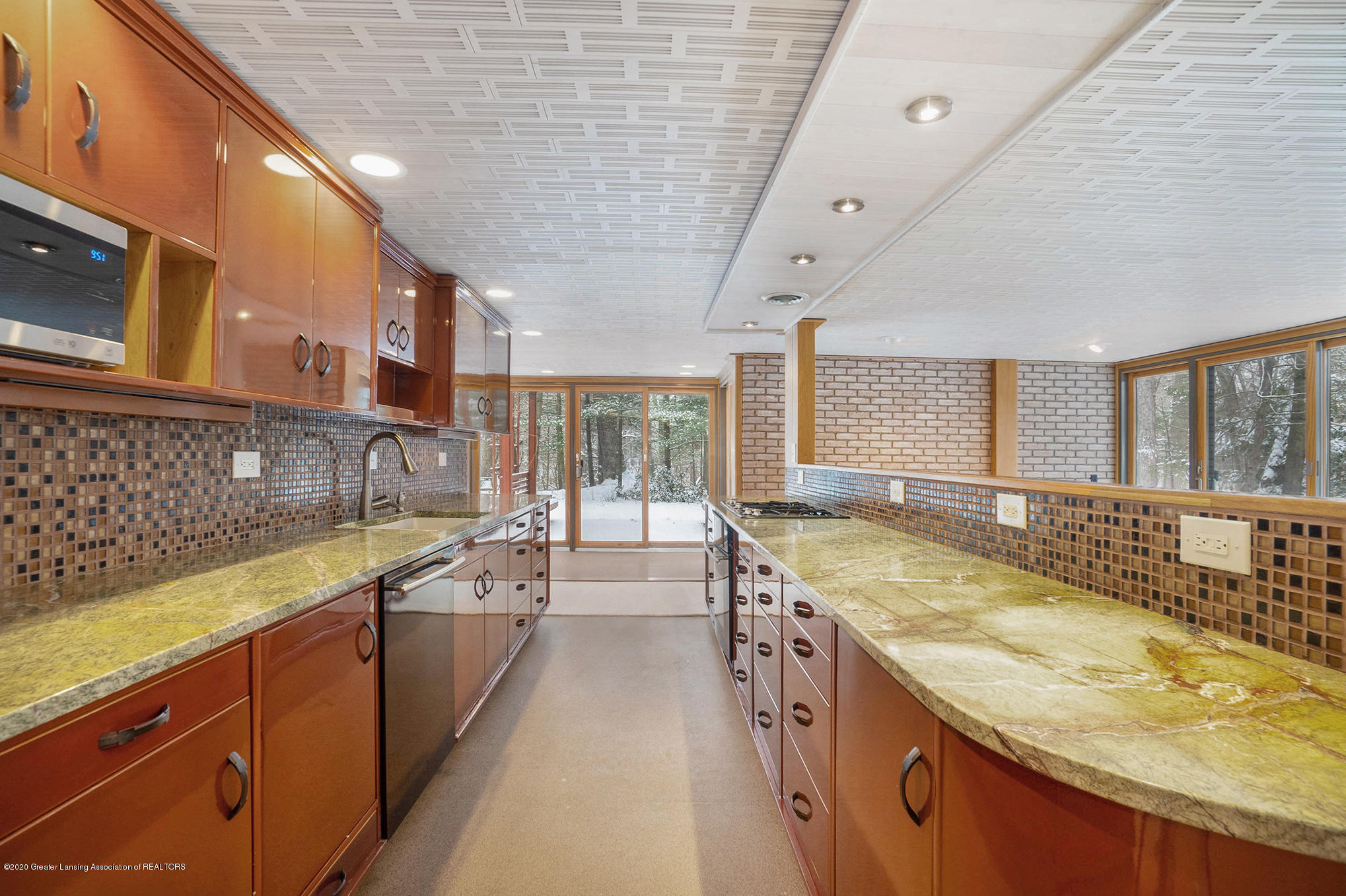 4045 Van Atta Rd - Kitchen - 19