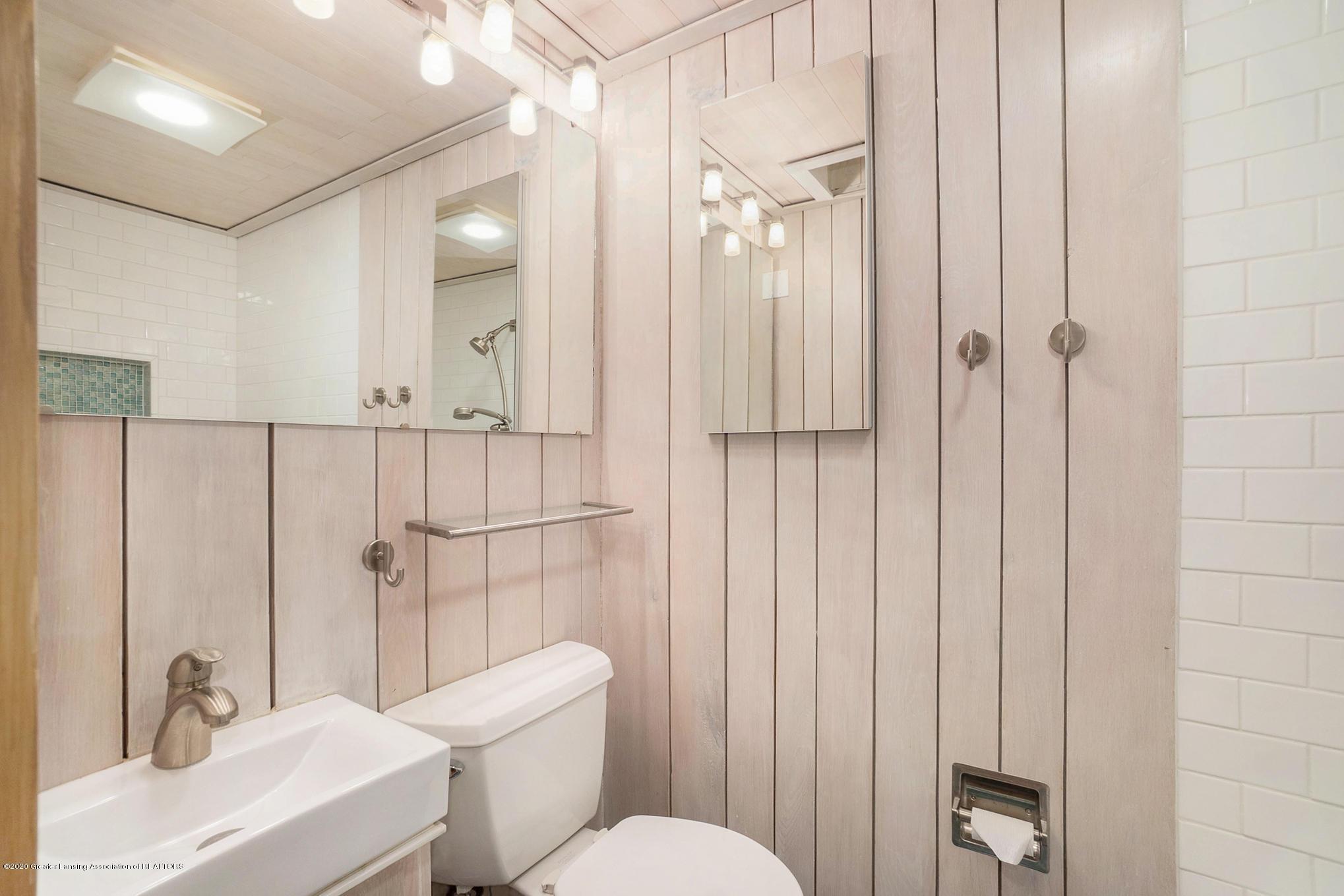 4045 Van Atta Rd - Full Bathroom - 45