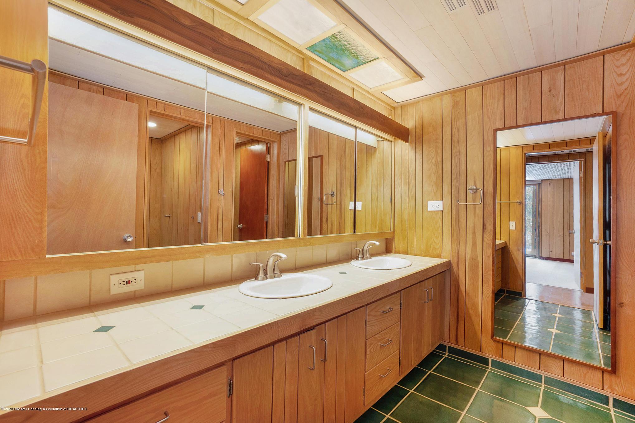 4045 Van Atta Rd - Bathroom - 43