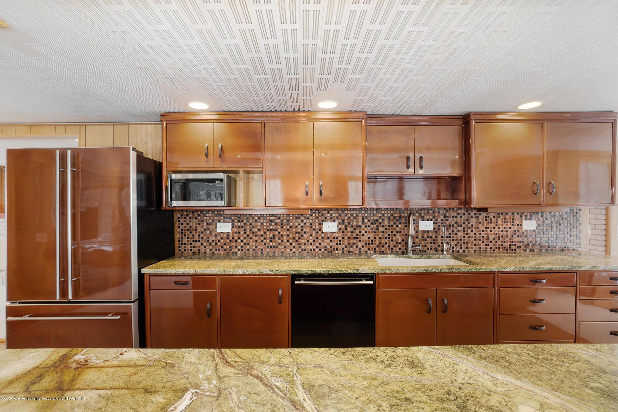 4045 Van Atta Rd - Kitchen - 13