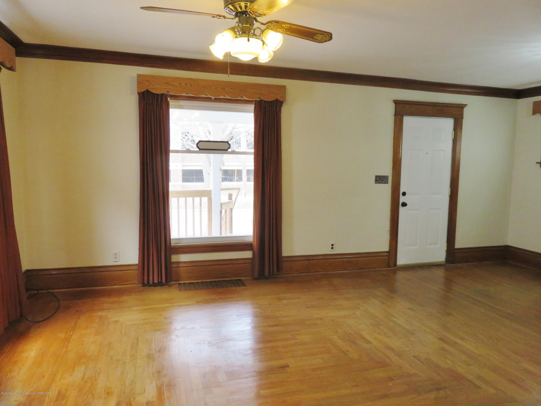 1216 Eureka St - Living Room - 8