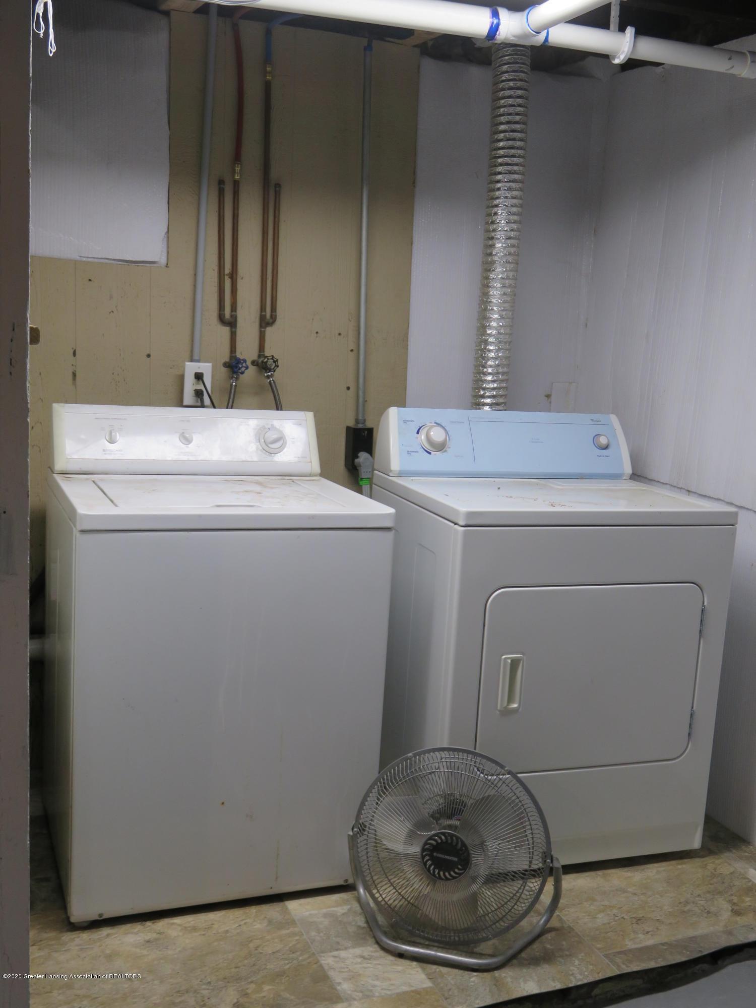 1216 Eureka St - Laundry Area - 25
