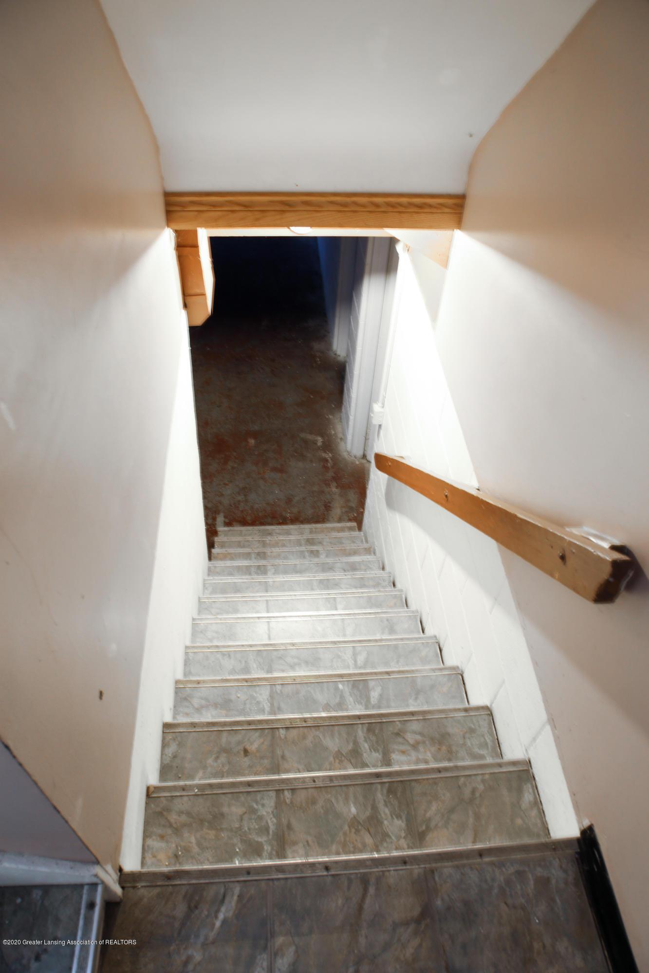 234 N Hagadorn Rd - stairs - 25