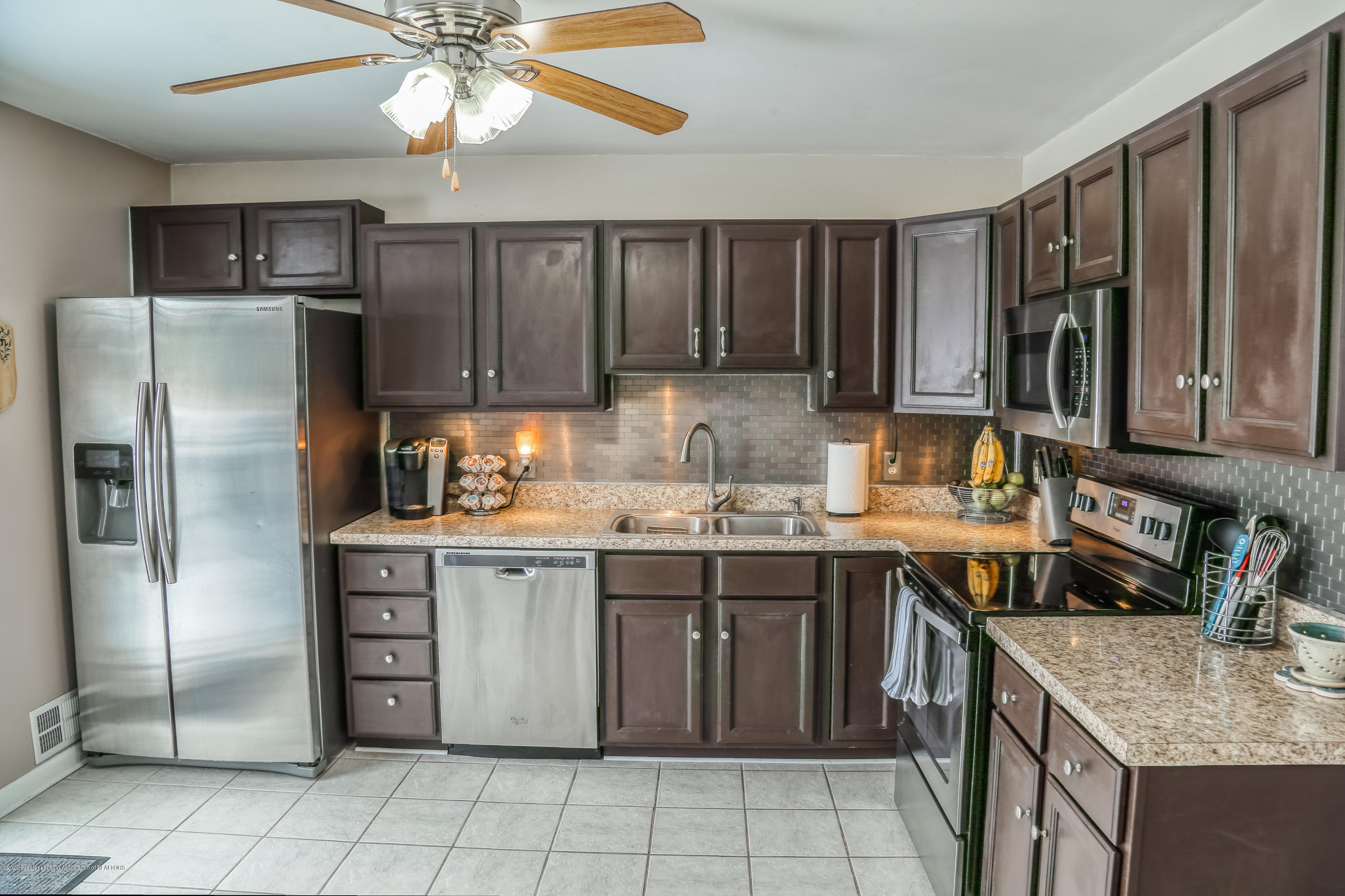 761 Winding River Dr - Kitchen - 10