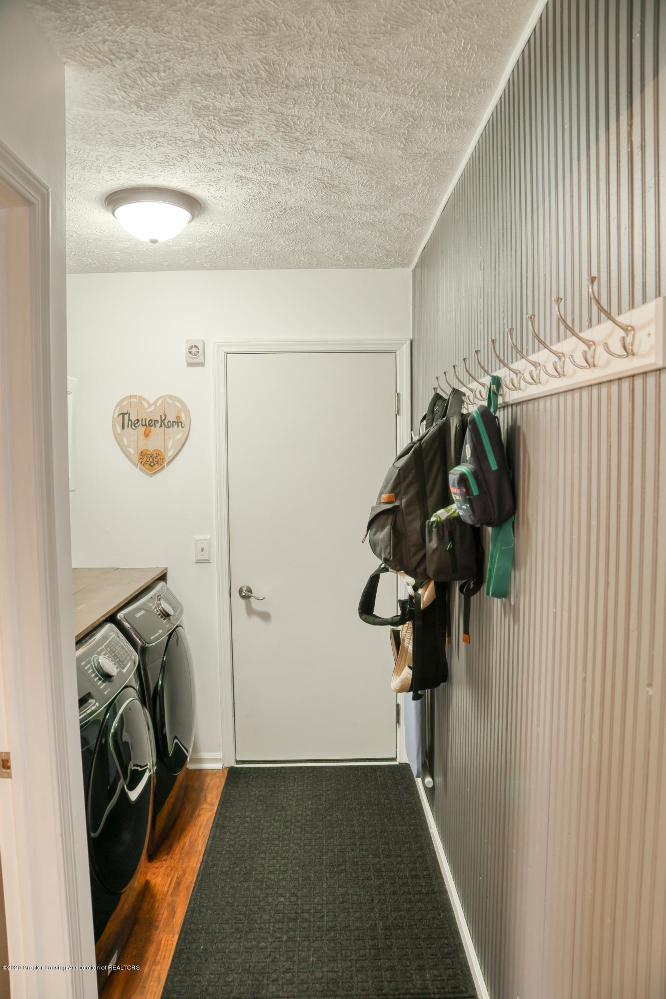 761 Winding River Dr - Hallway - 19