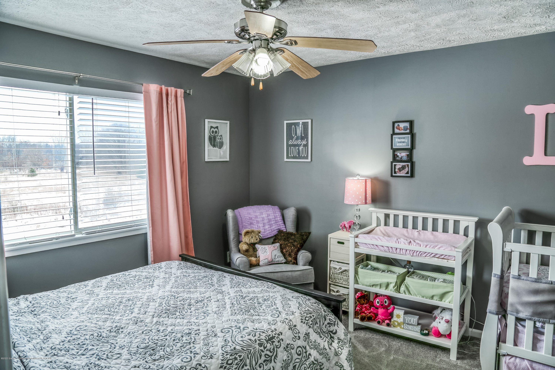 761 Winding River Dr - Bedroom - 22