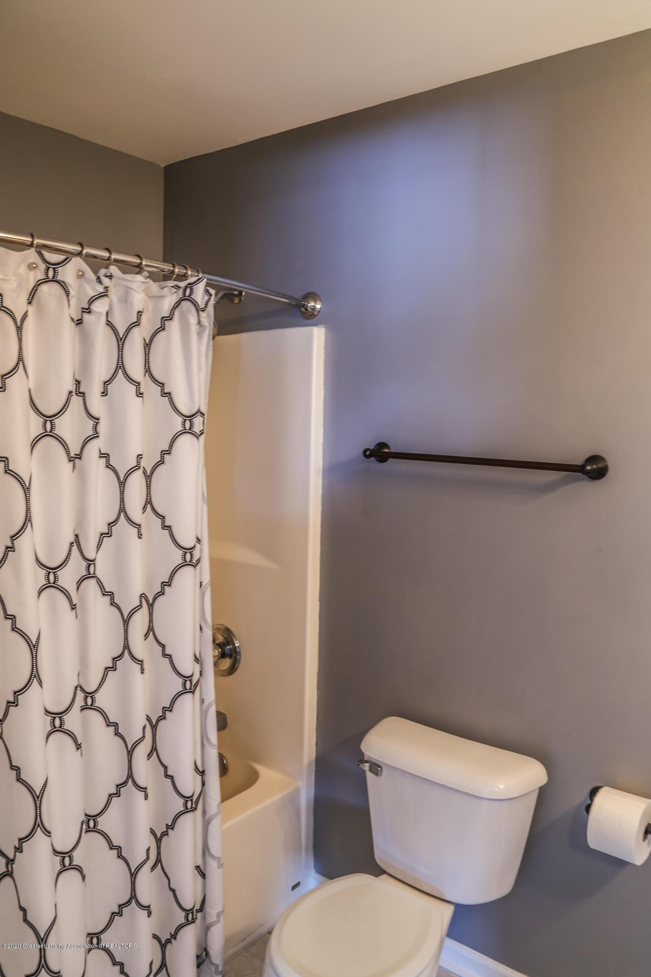 761 Winding River Dr - bathroom - 26