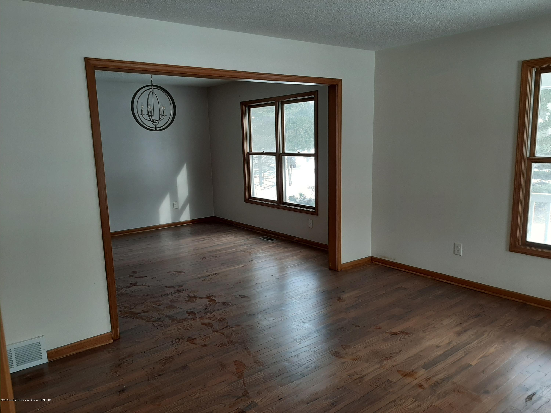 4366 Alderwood Dr - Living Room - 2