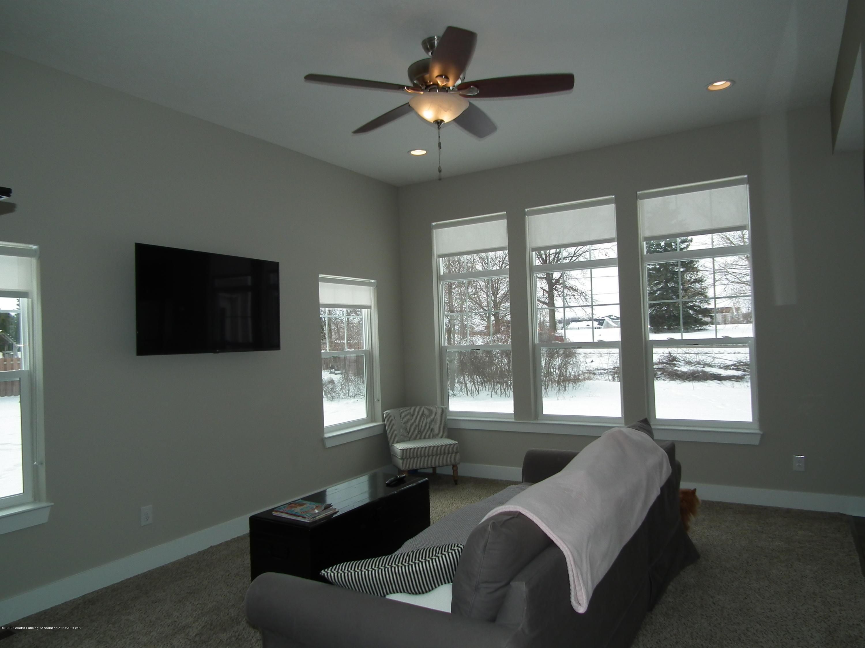 1132 River Oaks Dr - Living Room a 1 - 4