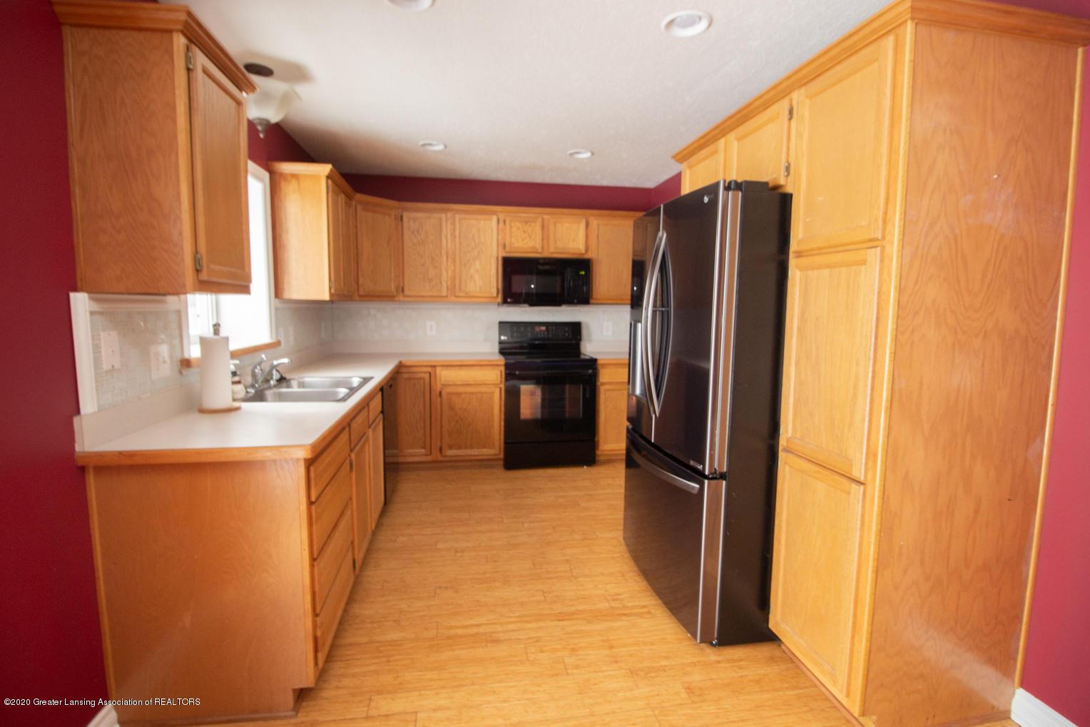 3948 Marimba Ln - Kitchen - 6