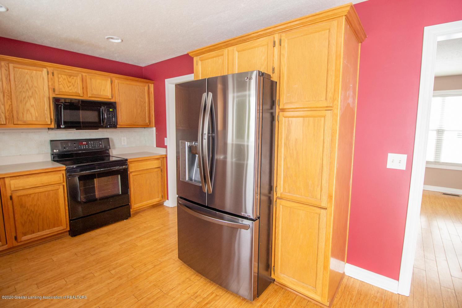 3948 Marimba Ln - Kitchen - 8