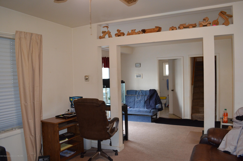 2296 Cedar St - Living Room - 4