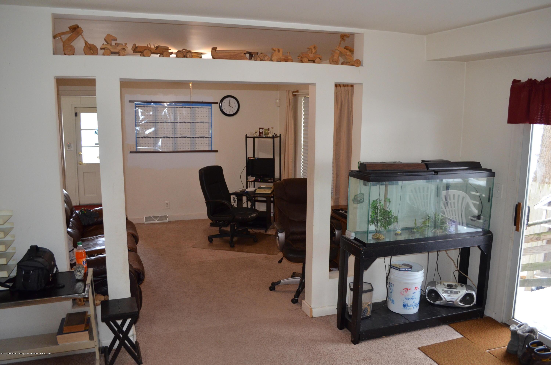 2296 Cedar St - Living Room - 5