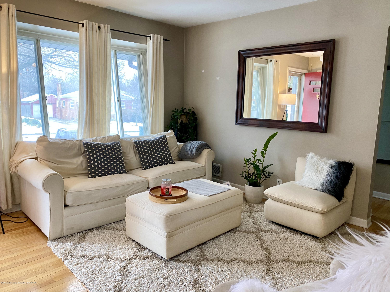 2209 Dillingham Ave - living room - 3