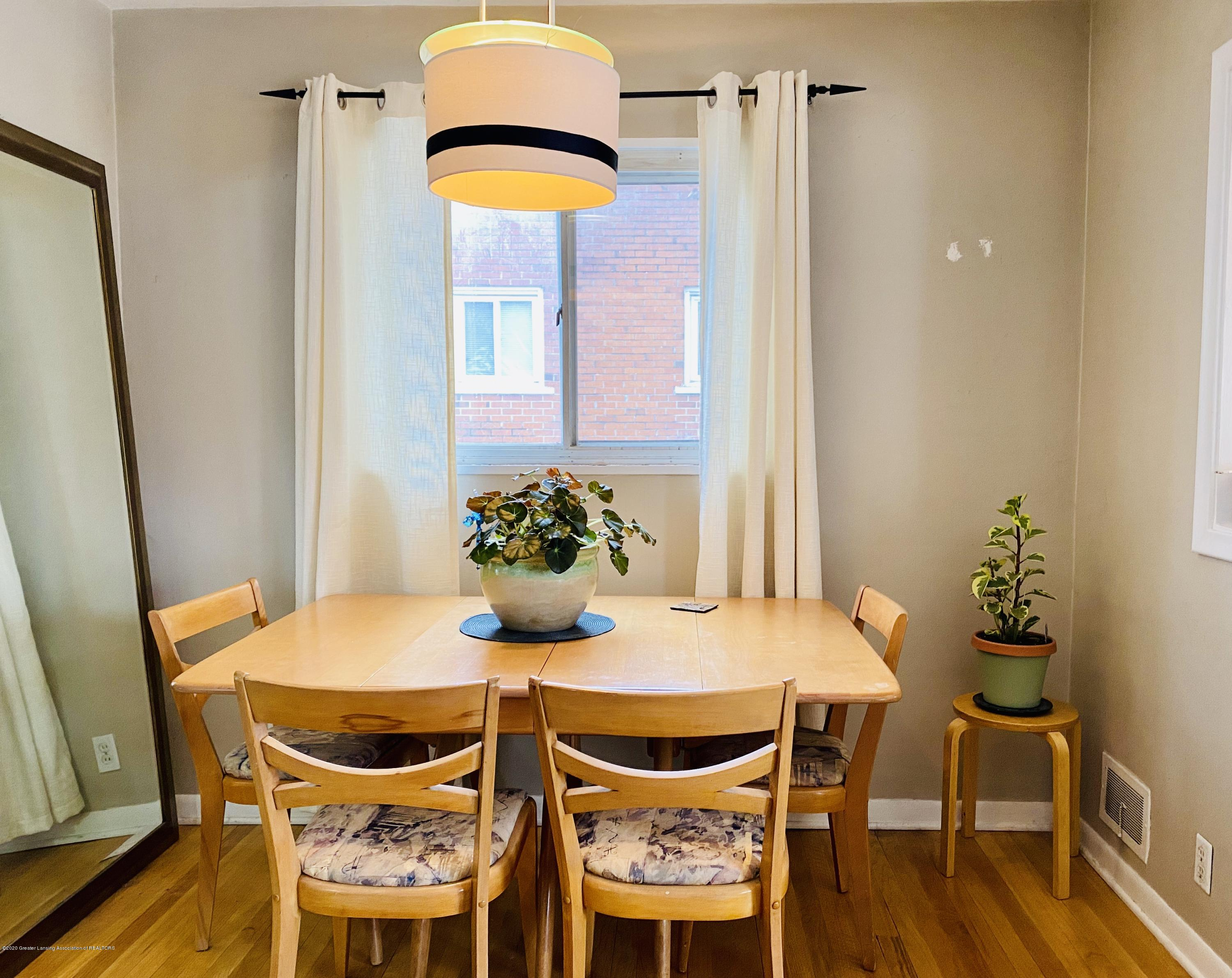 2209 Dillingham Ave - dining room - 4