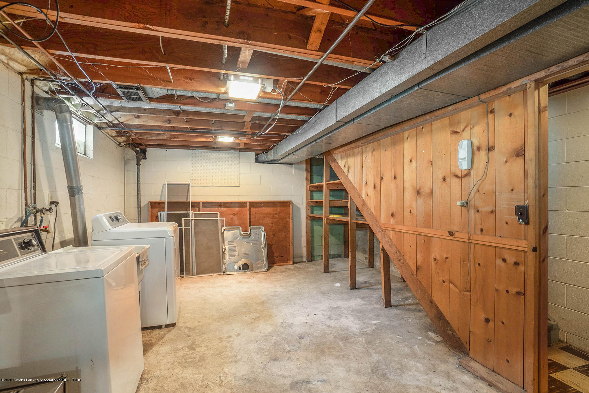 1351 Albert St - Basement - 32