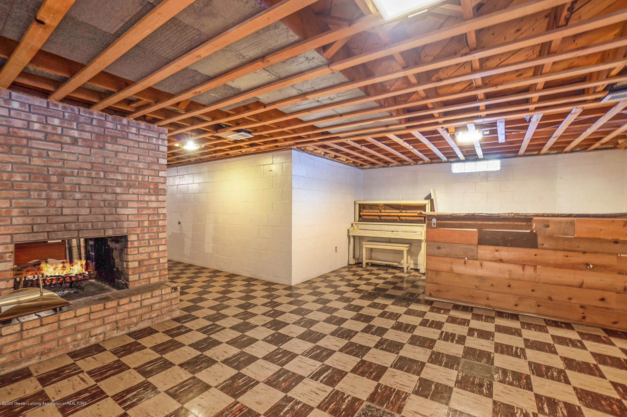 1351 Albert St - Basement - 30