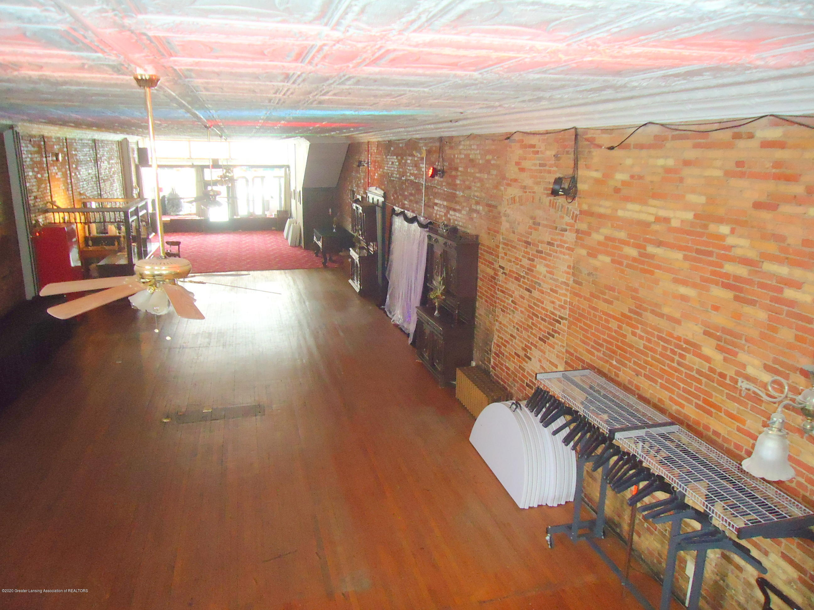127 S Cochran Ave - 3 Event Space - 3