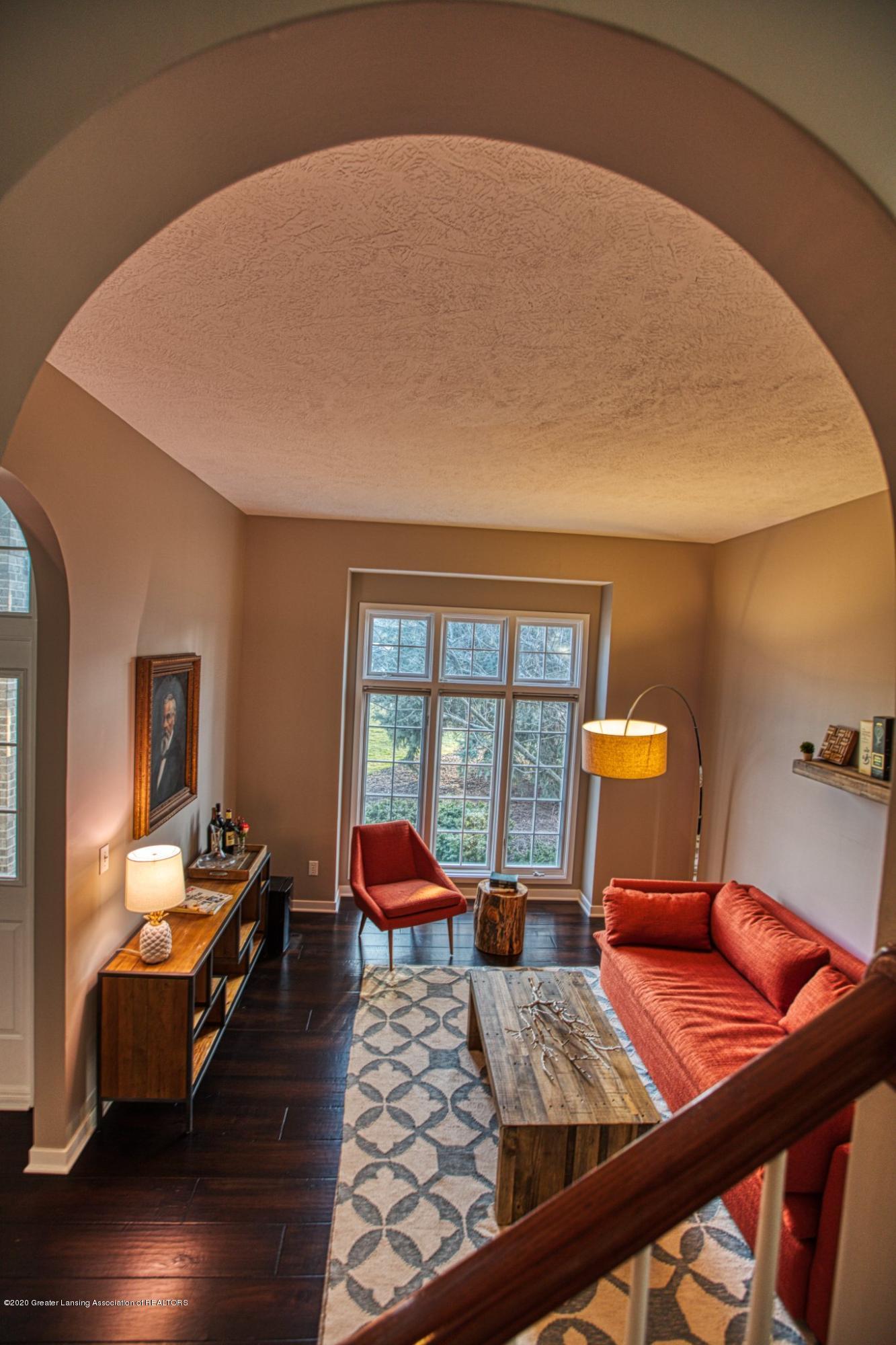 3668 Fairhills Dr - Living Room - 4