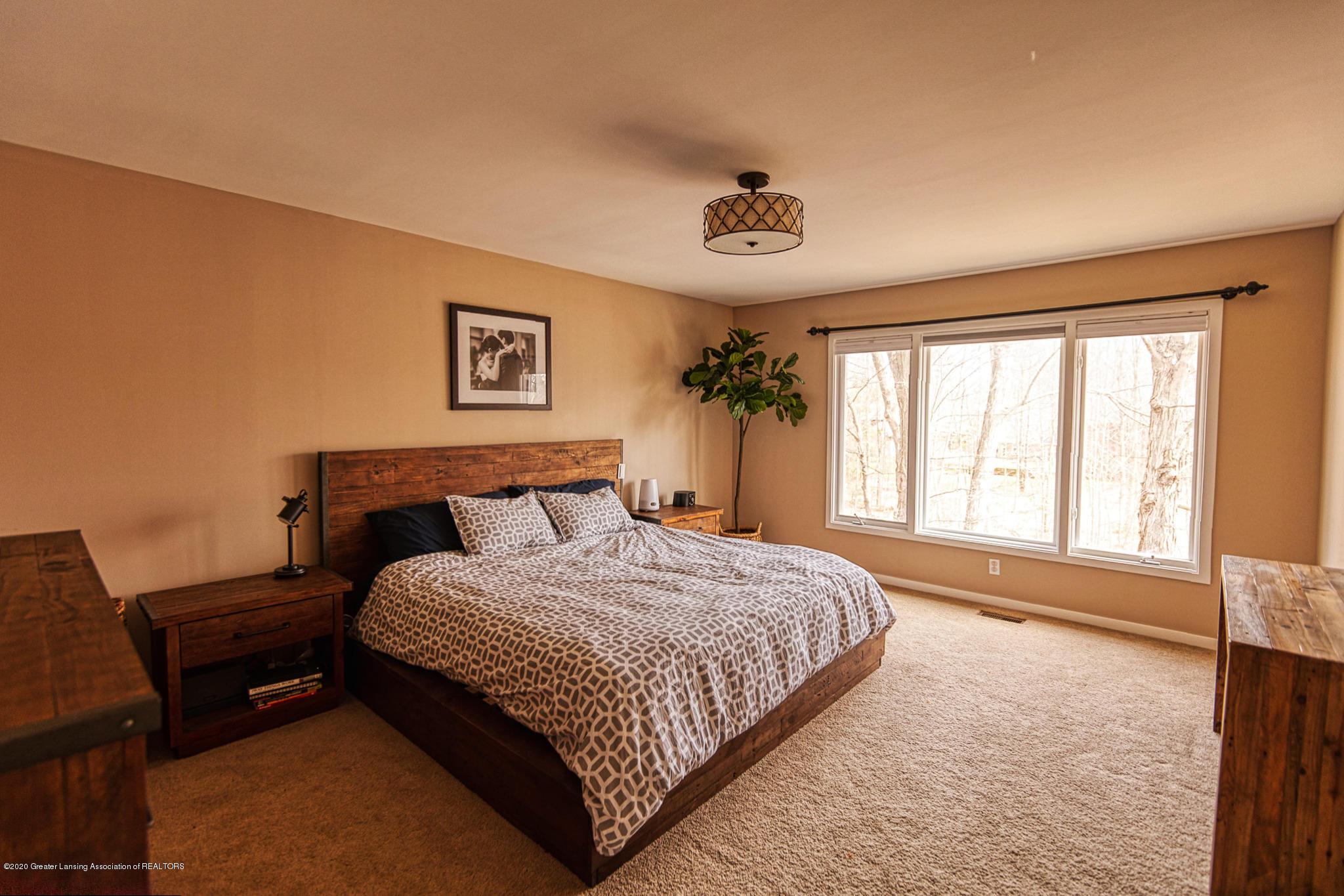 3668 Fairhills Dr - Bedroom 1 - 14