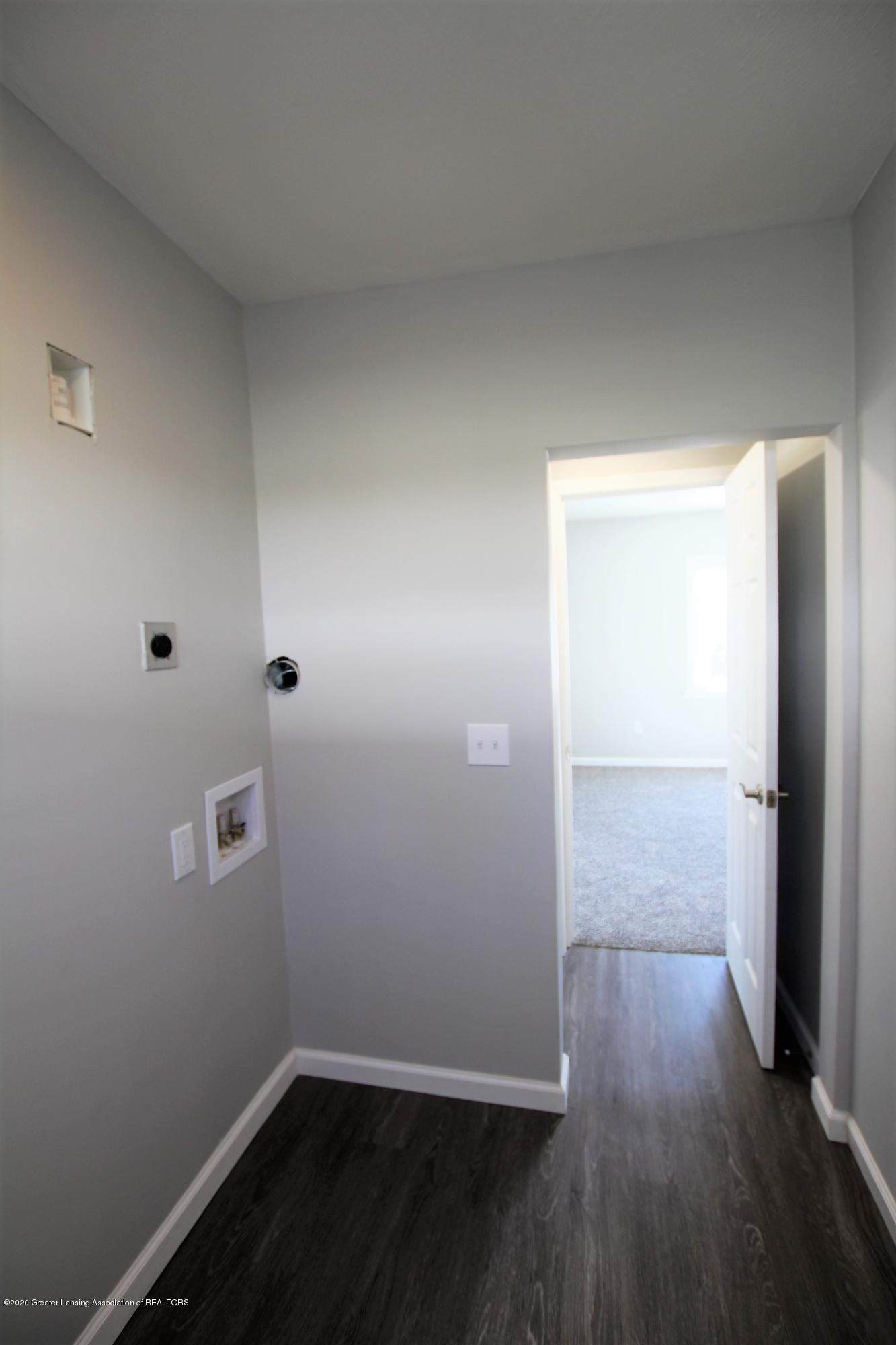 425 North St - Laundry Room - 19