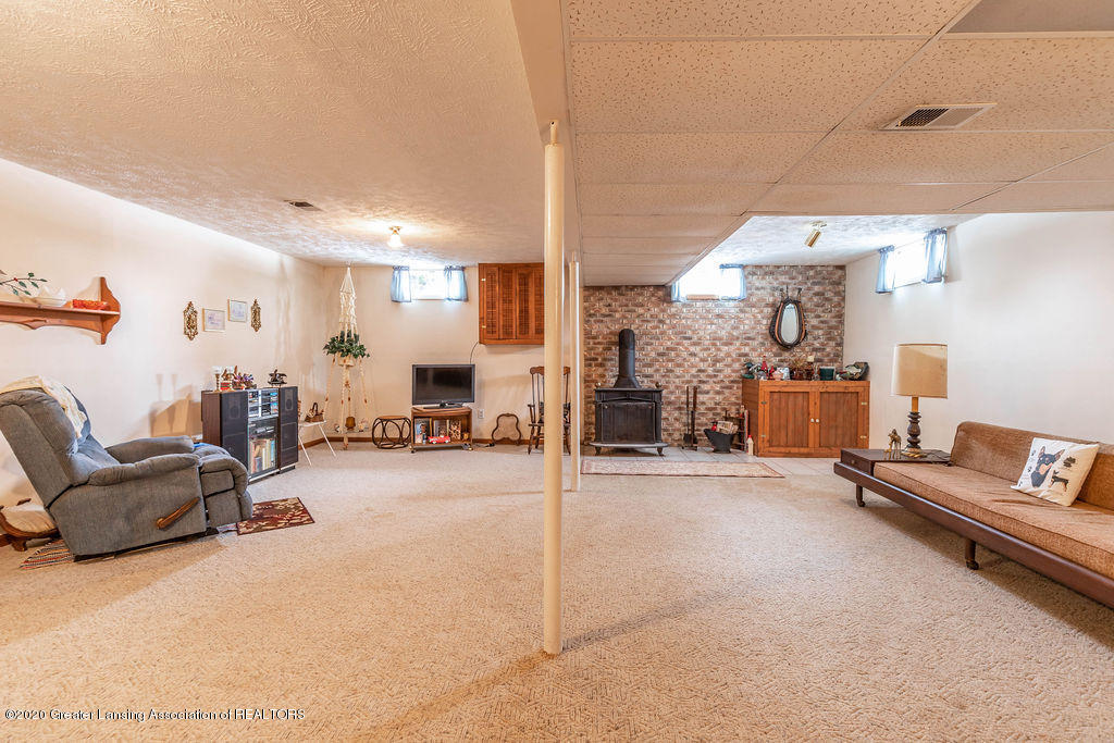 1790 S Ainger Rd - Rec Room - 19