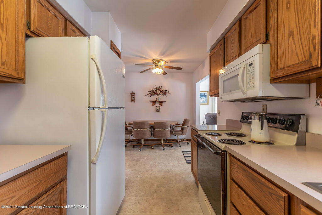 1790 S Ainger Rd - Kitchen - 9
