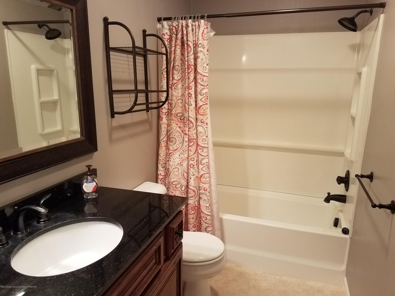 1540 Jacqueline Dr - Bathroom - 10