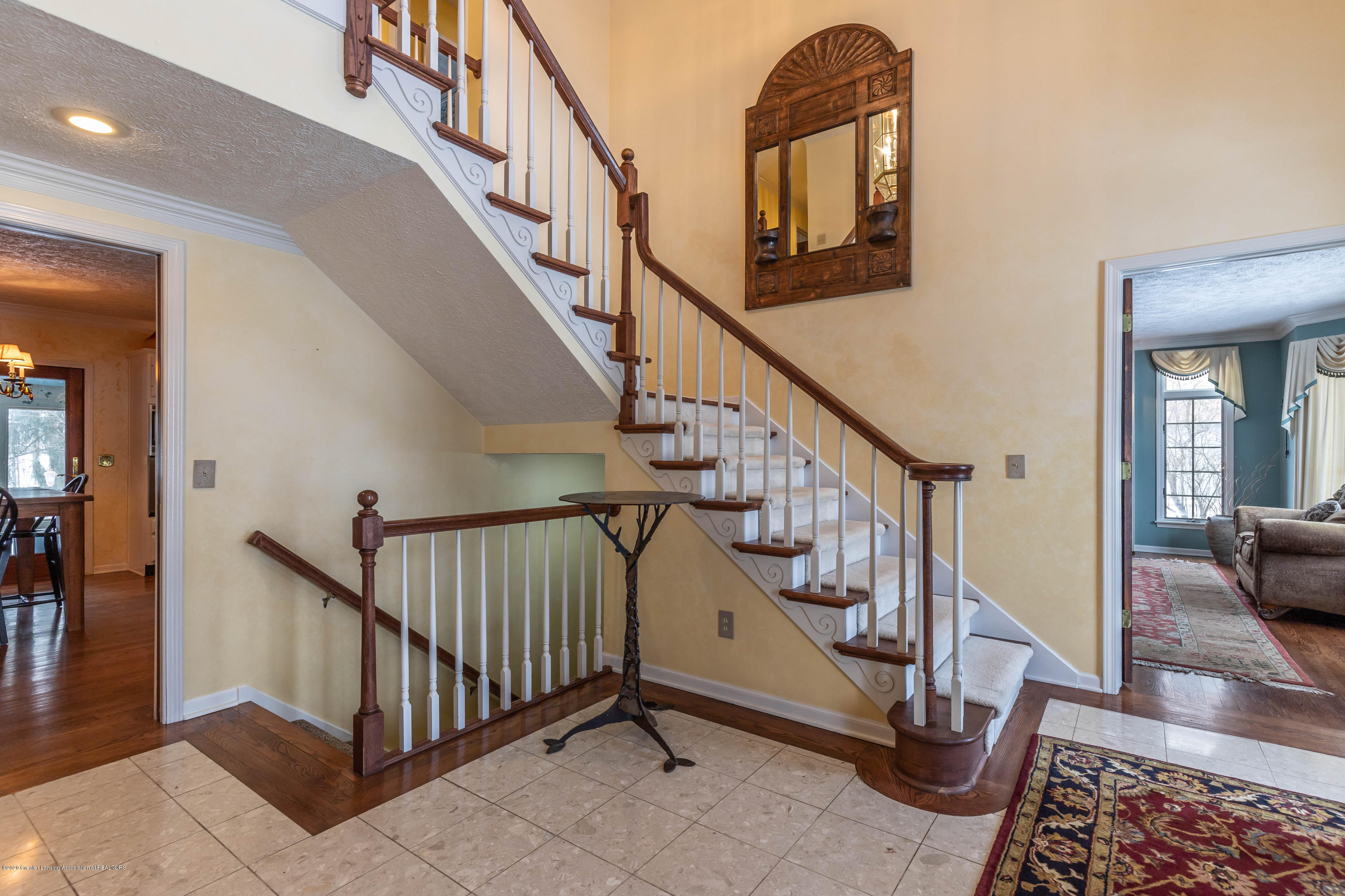 2125 White Owl Way - Foyer - 9