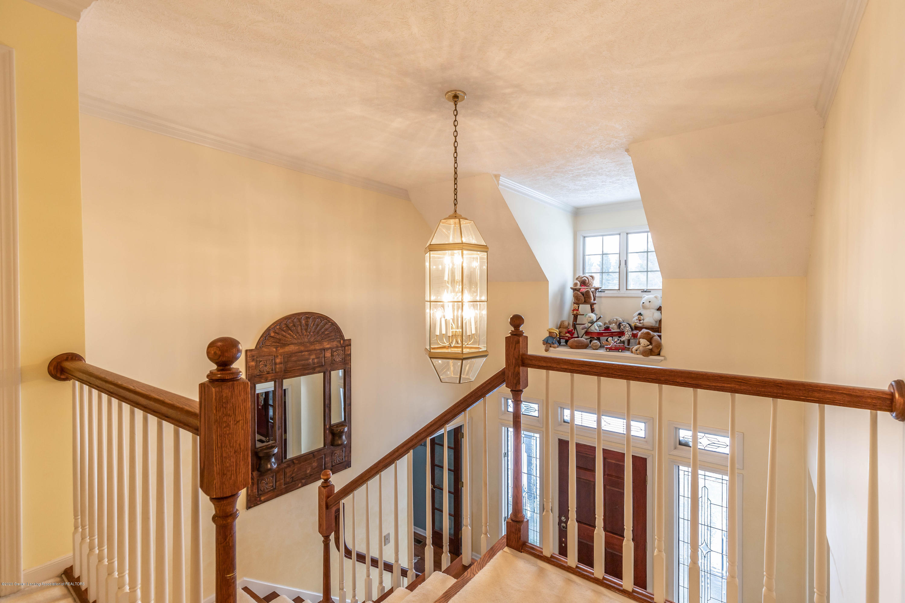 2125 White Owl Way - 2 Story Entry - 26