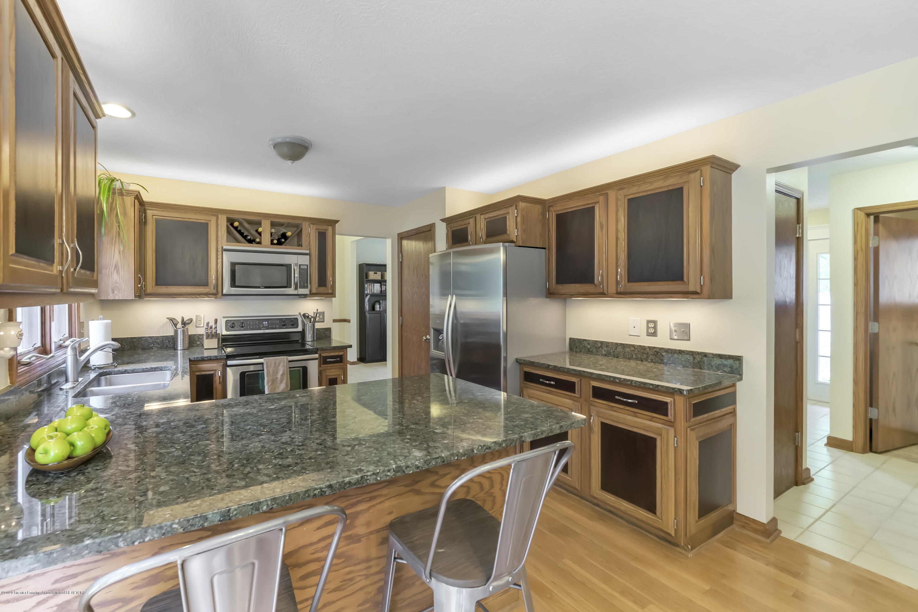 2282 Moorwood Dr - Kitchen - 10