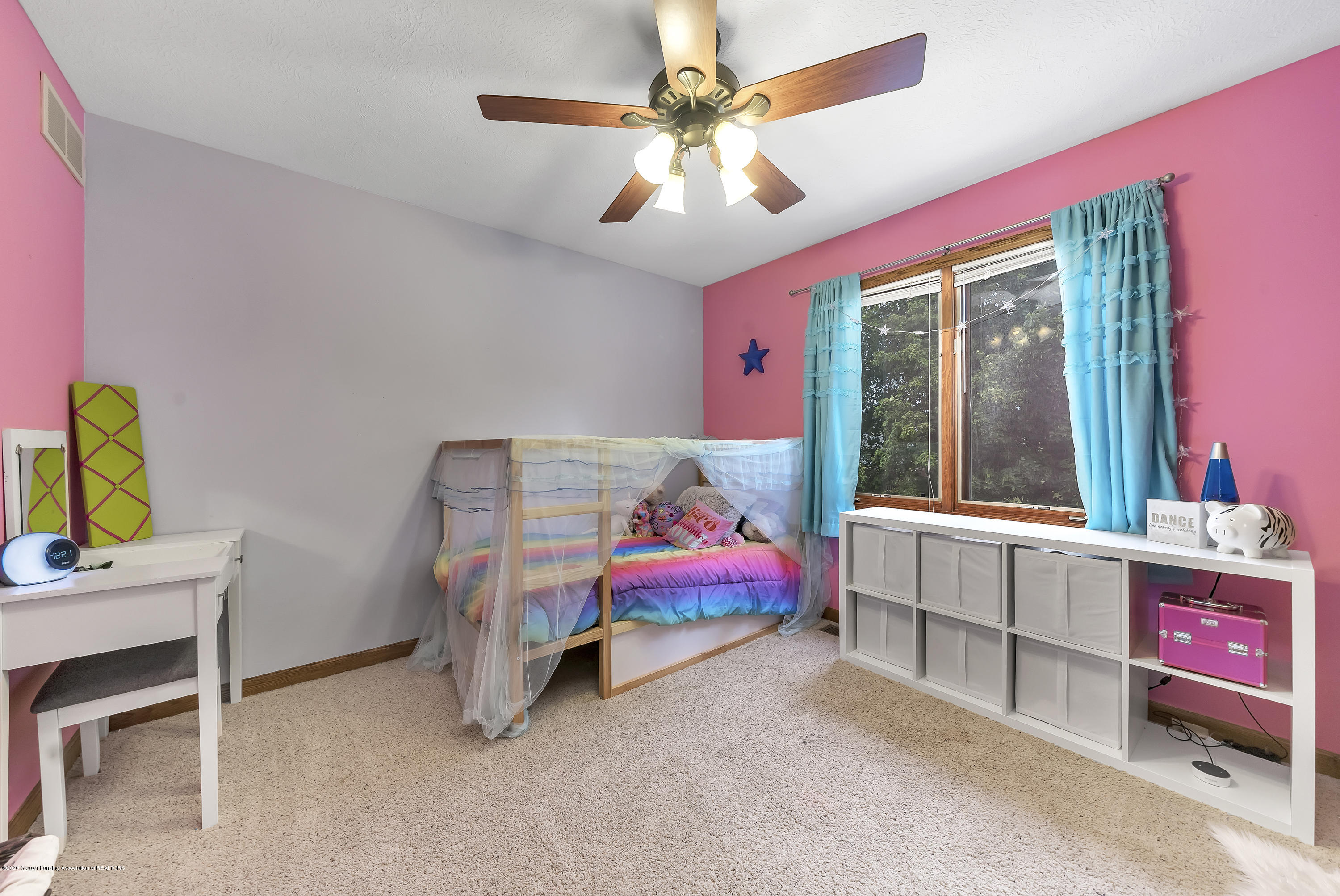 2282 Moorwood Dr - Bedroom 2 - 18