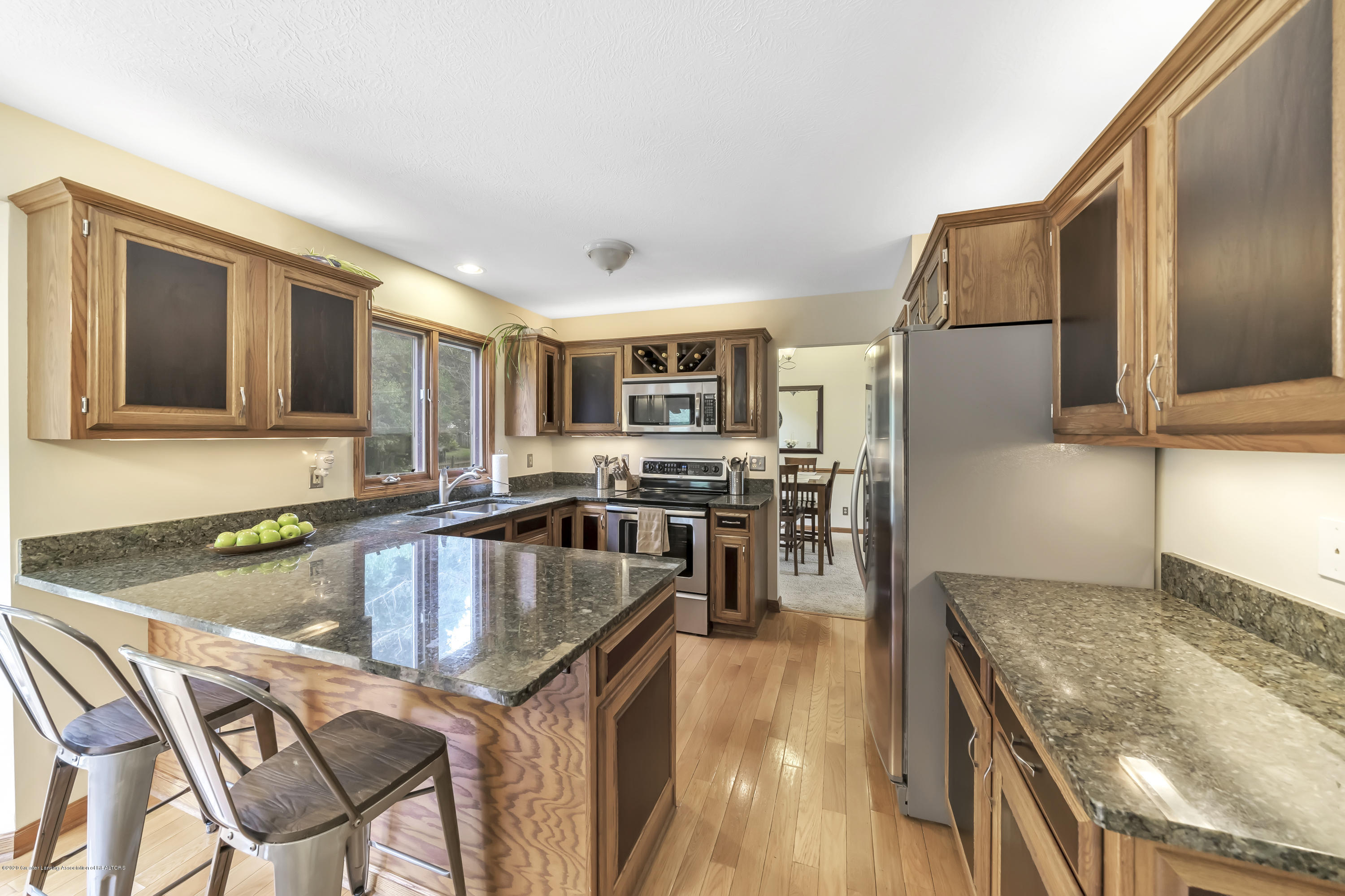 2282 Moorwood Dr - Kitchen - 7