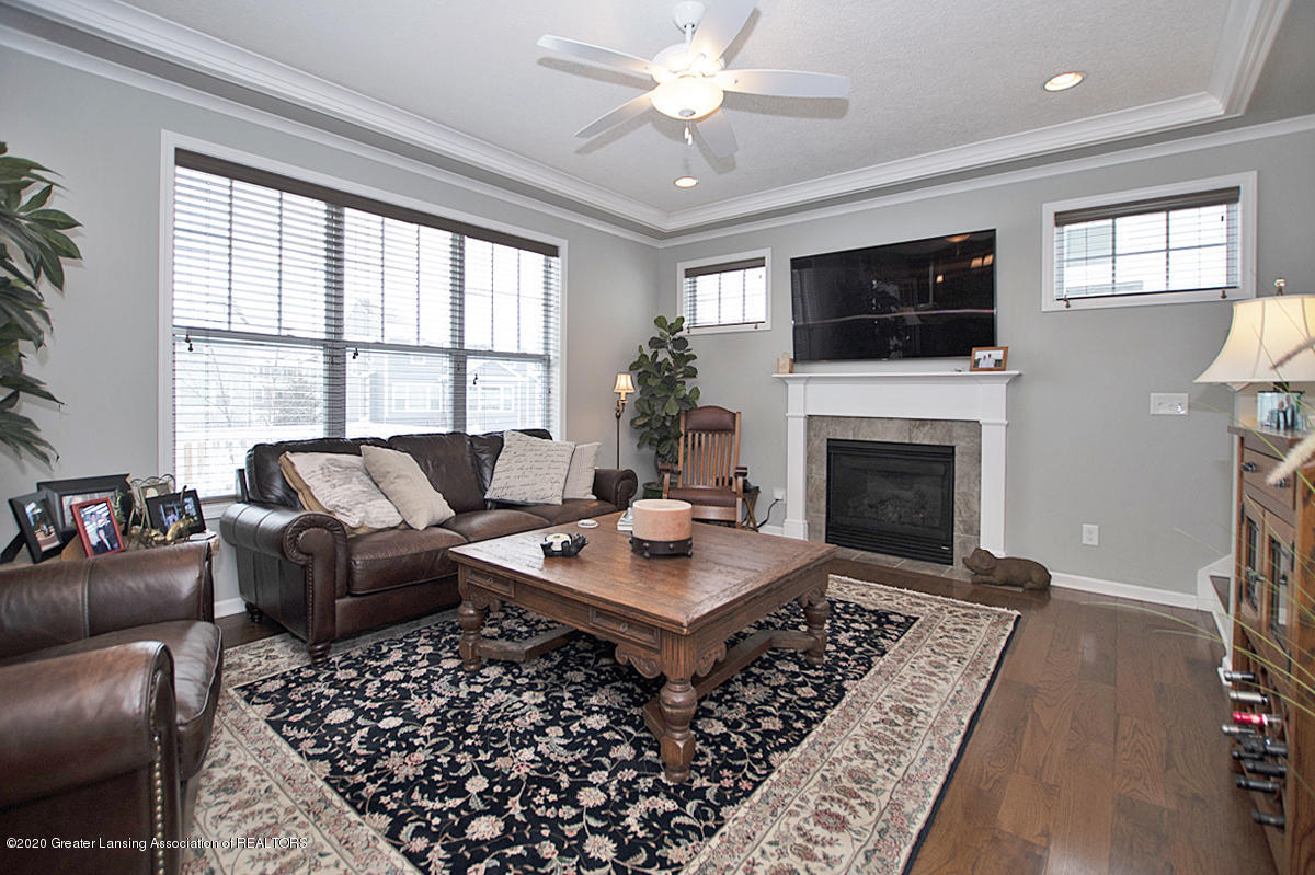 2753 Kittansett Dr - Great Room - 12