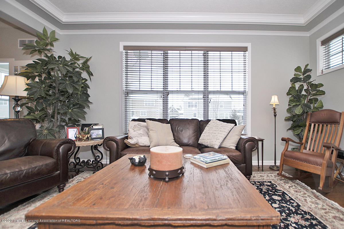 2753 Kittansett Dr - Great Room - 15