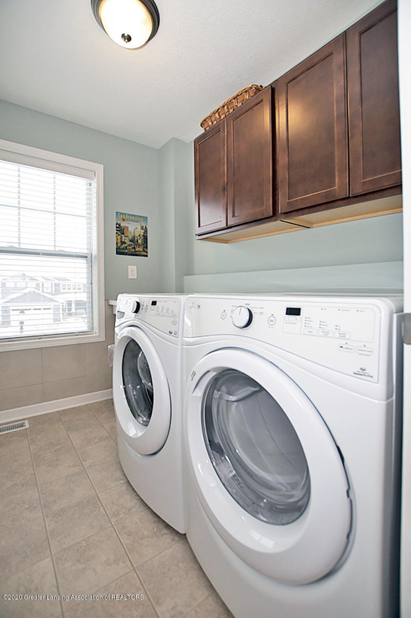 2753 Kittansett Dr - 2nd Floor Laundry - 53