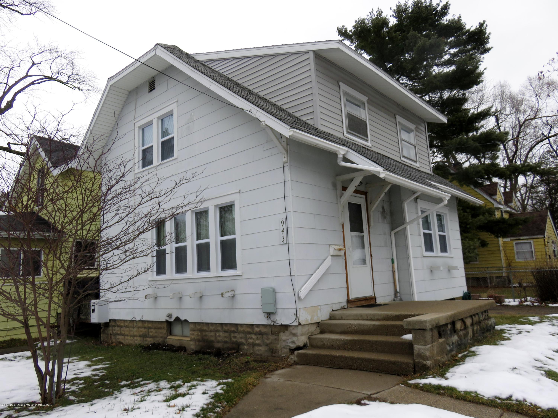 943 Dakin St - Side of house - 2