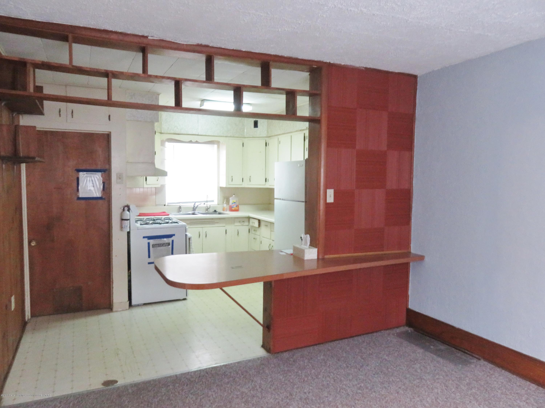 943 Dakin St - Dining Area - 8