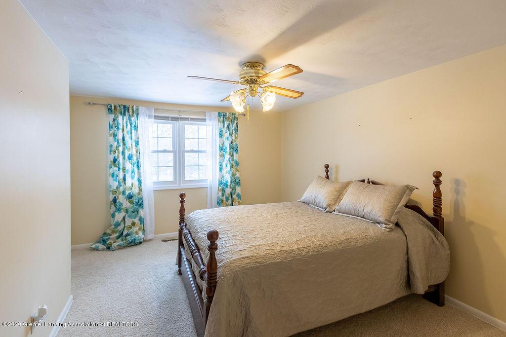 1614 Kingswood Dr - Bedroom(2) - 19