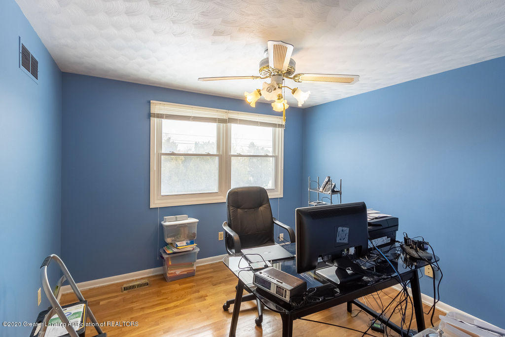 1614 Kingswood Dr - Bedroom(3) - 21