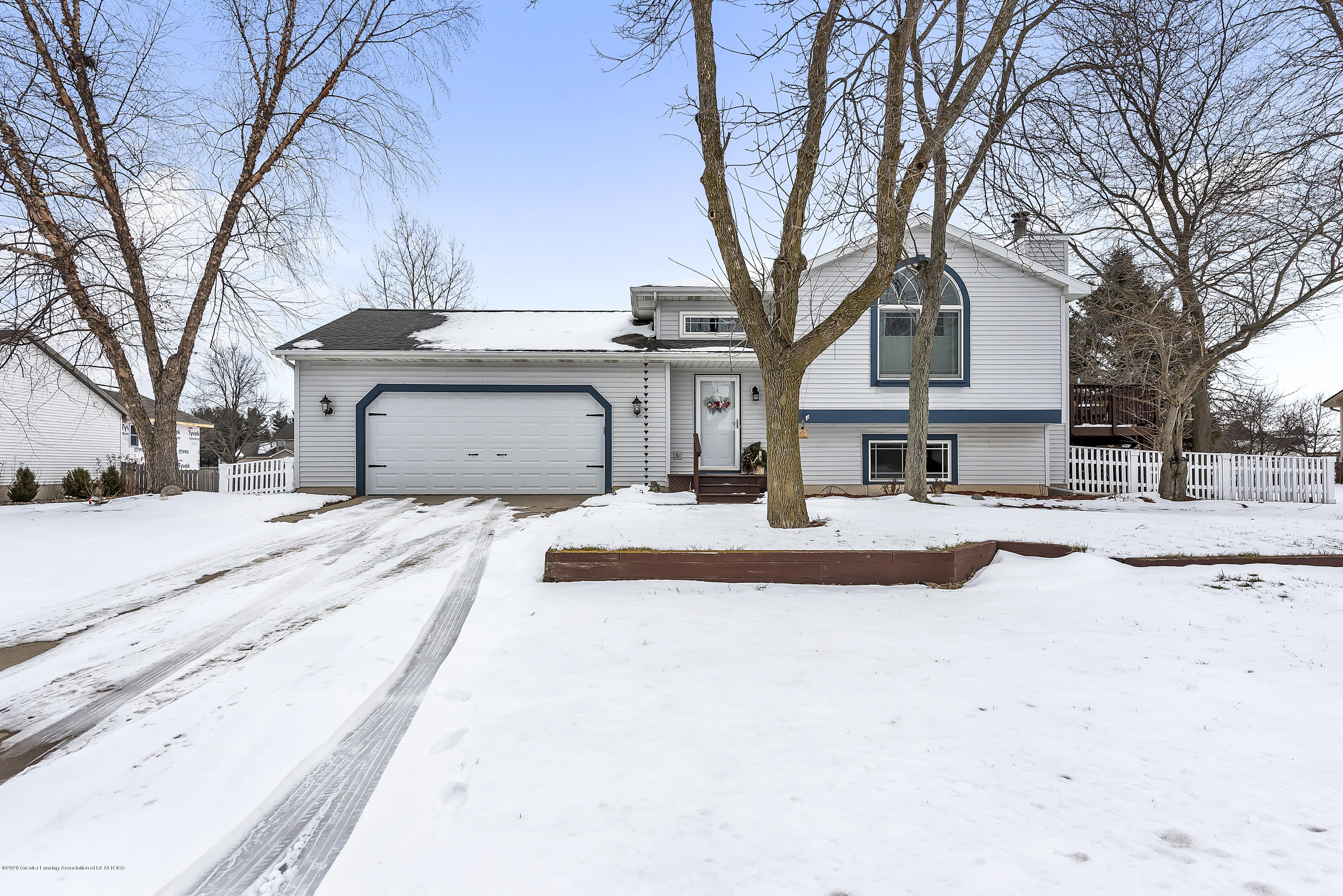 2450 Featherstone Dr - 2450-Featherstone-Dr-WindowStill-Real-Es - 3