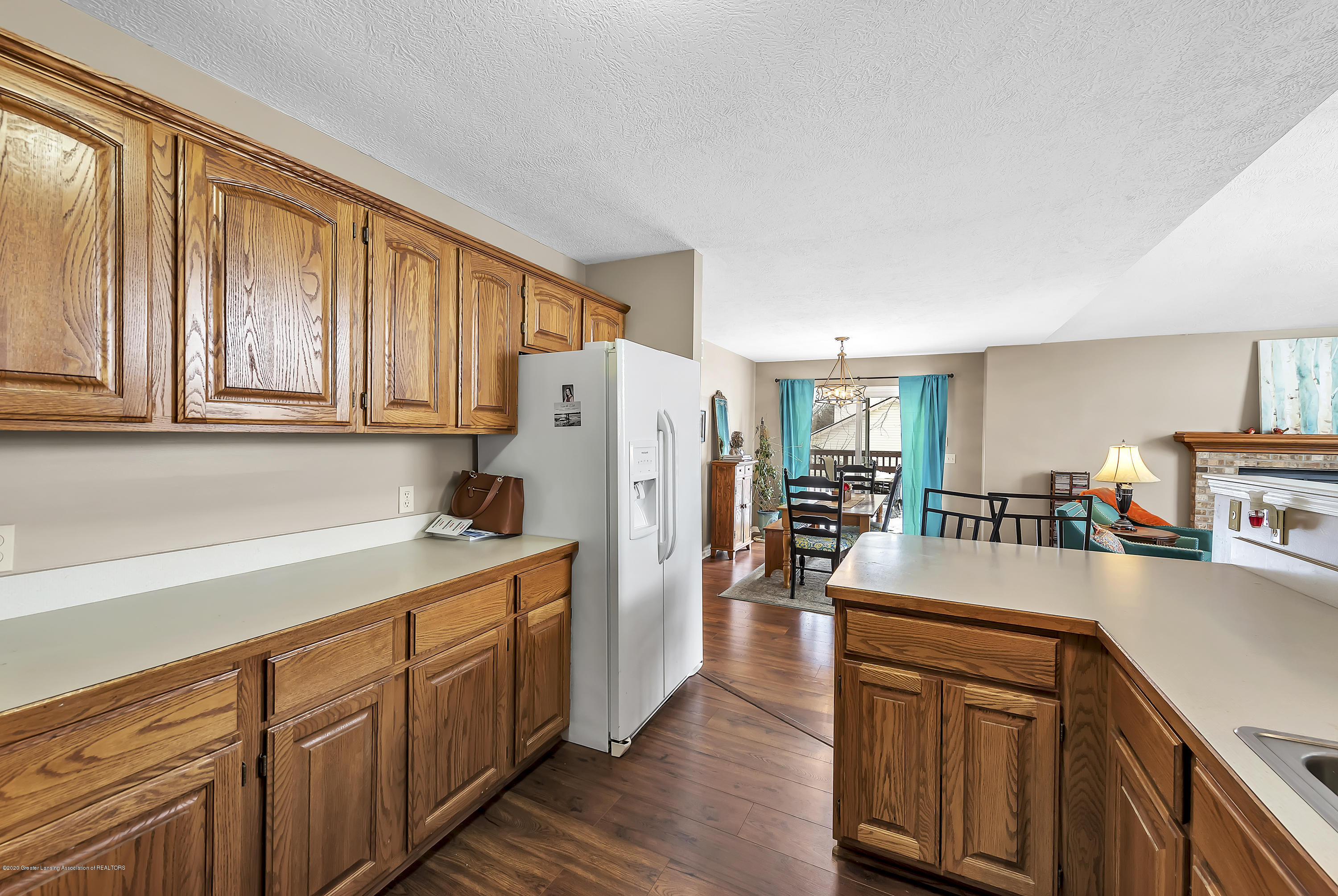 2450 Featherstone Dr - 2450-Featherstone-Dr-WindowStill-Real-Es - 13