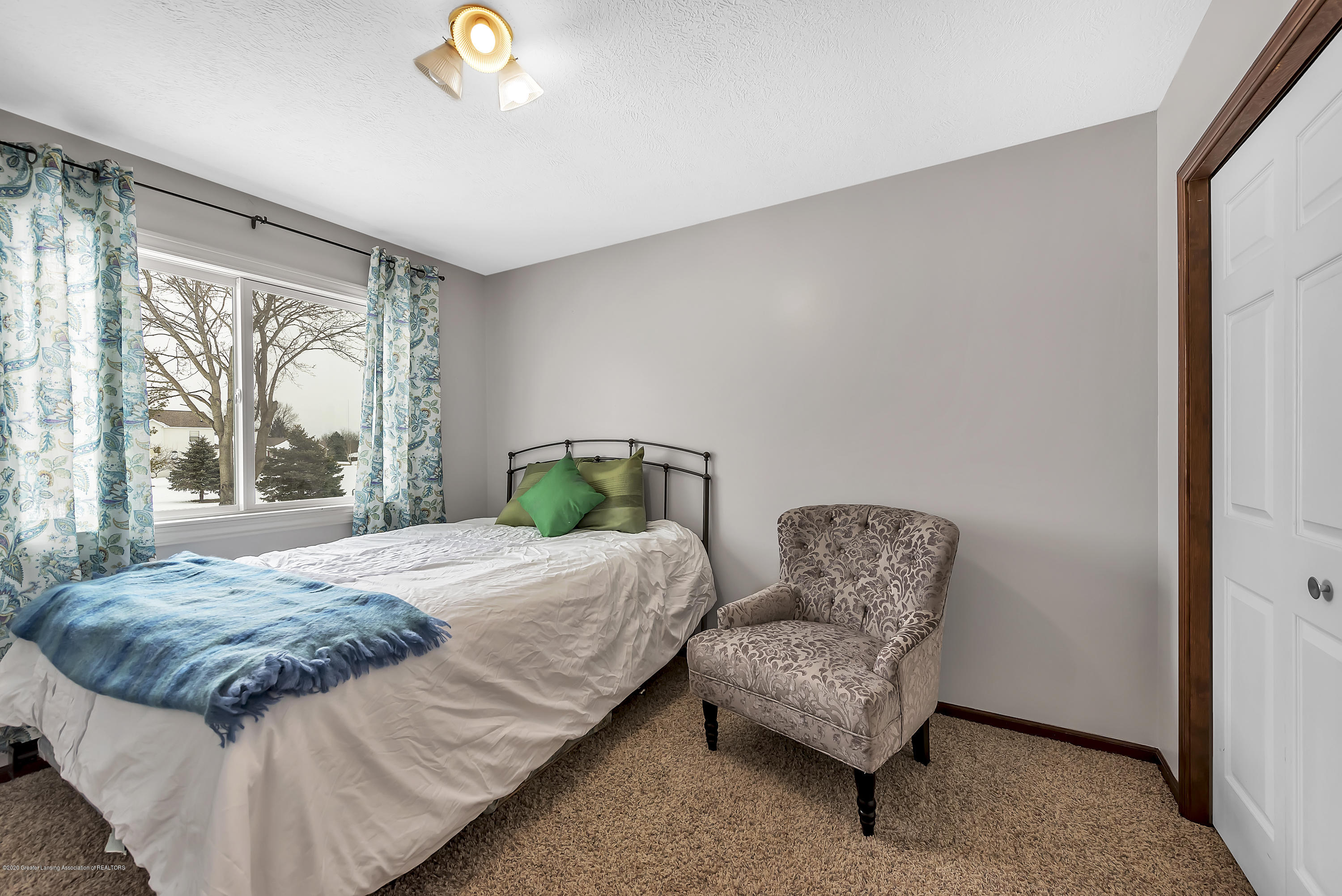 2450 Featherstone Dr - 2450-Featherstone-Dr-WindowStill-Real-Es - 17