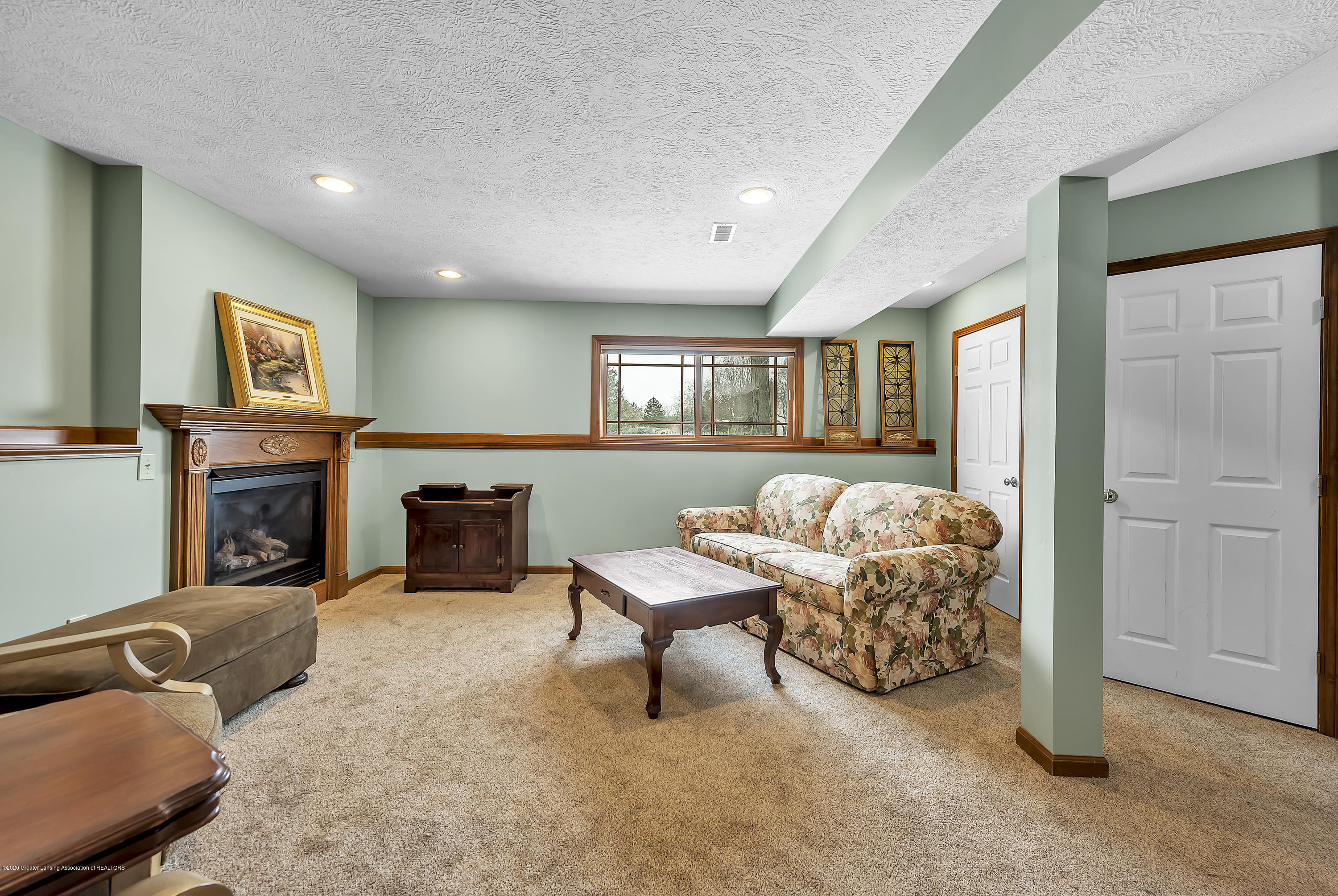 2450 Featherstone Dr - 2450-Featherstone-Dr-WindowStill-Real-Es - 24